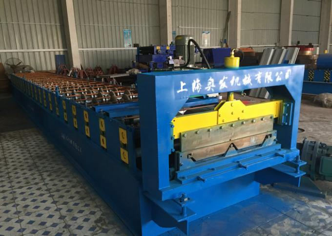 Self Lock Roof Panel Roll Forming Machine , Corrugated Roofing Sheets Making Machines